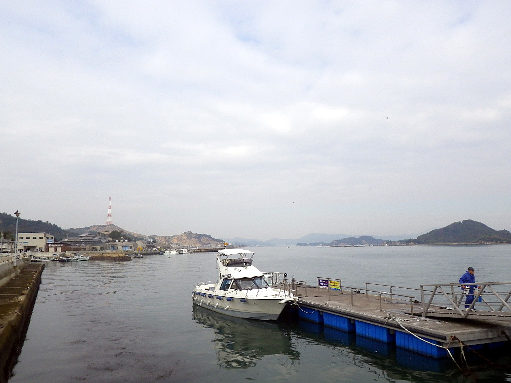 直島本村港